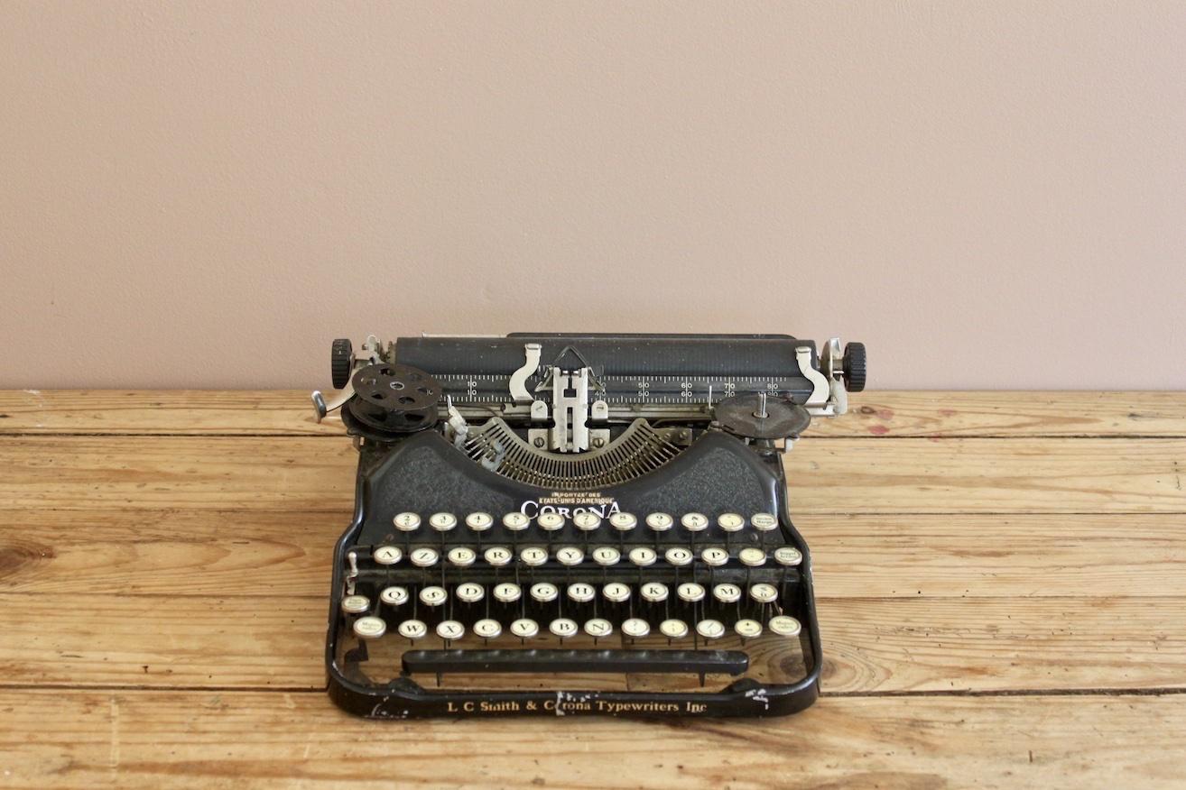 décoration mariage vintage machine à écrire détails location pays de la loire