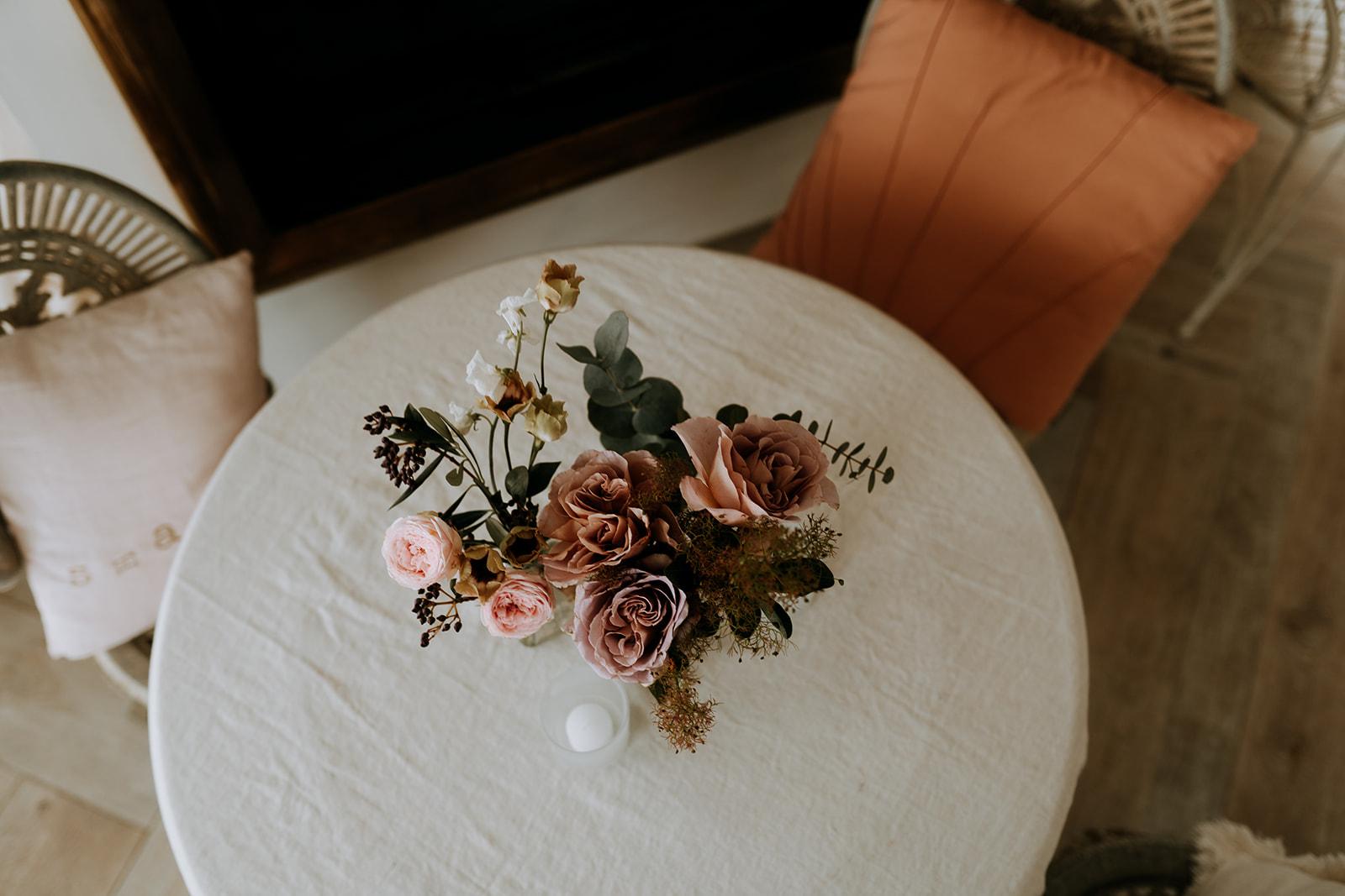Composition florale naturelle chic romantique mariage Pays de la loire